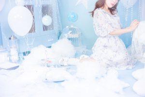 水色白ホワイト雲空